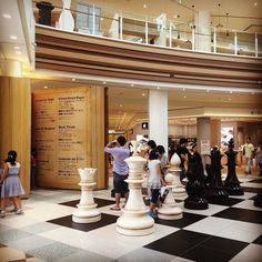 Chessboard and a book in a shopping mall. #shoppingmall #japanarchitecture #architecture #japanshopping #shopinterior