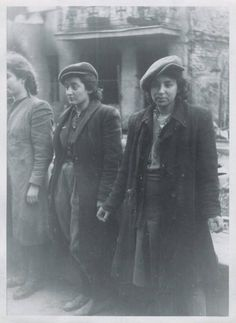 Three fighters from the Warsaw Ghetto Uprising
