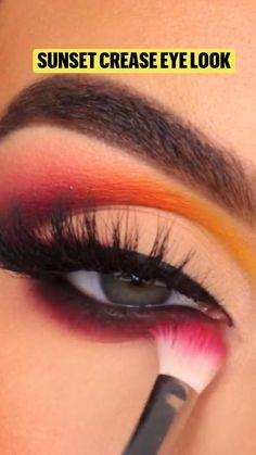 Makeup Tips Lips, Smoke Eye Makeup, Rock Makeup, Korean Eye Makeup, Flawless Makeup, Skin Makeup, Beauty Makeup, Creative Eye Makeup, Colorful Eye Makeup