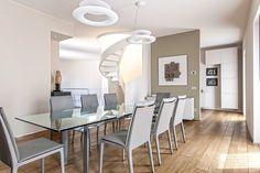 BRANDO concept  | Casa design art contemporary tavolo in cristallo carlo scarpa cassina scala in resina bianca dining room