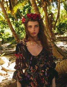 Wearing a flower crown, Louise Pedersen looks boho chic for ELLE Spain Magazine April 2016 issue