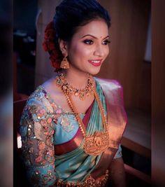 Wedding Blog, Saree, Indian, Engagement, Blouse, Instagram, Fashion, Moda, Fashion Styles