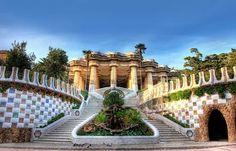 Feliz sábado!!! Damos un paseo por el Parque Güell??? #Barcelonarinconesdelaciudad @eurofincasinmobiliaria