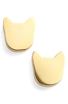 Adding a gold shine to the look with this pair of American-made stud earrings in a sweet kitty shape.