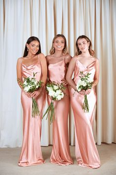 Looking for Bodycon Dresses? Call off the search with our Bridesmaids Keisha Maxi Dress Matte Peach Pink. Shop unique fashion at SilkFred Dusky Pink Bridesmaid Dresses, Bridesmaid Dresses With Sleeves, Peach Wedding Dresses, Maxi Dresses, Pink Brides Maid Dresses, Light Pink Wedding Dress, Blush Pink Dresses, Beautiful Bridesmaid Dresses, 1950s Dresses