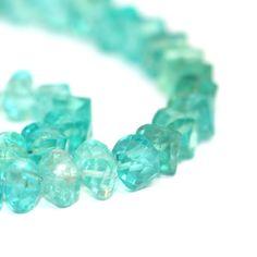 Apatite étape facettes Twist perles 4 Semi par SerendipityGemstones