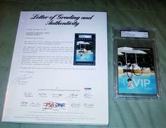 Katy Perry autographs VIP pass certified PSA DNA with full page letter