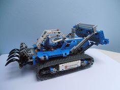 LEGO Technic 42042 Bulldozer Cmodel alternative model