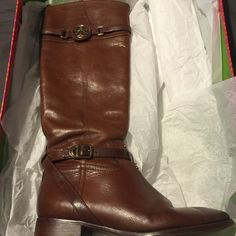 """Tory Burch """"Calista"""" Boot Size 9.5 Tory Burch - Almond color Boots. Size 9.5. Comes with original box. plz look at pic with tag info and size. Very good condition. Pics dont do them justice! Tory Burch Shoes Over the Knee Boots"""