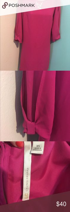 Dress Lauren Conrad long sleeve dress. Polyester, knee length. Can be worn with or without belt LC Lauren Conrad Dresses Midi