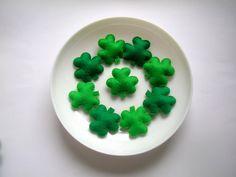 St. Patrick's Day Decoration Green Felt Shamrock by Lilamina