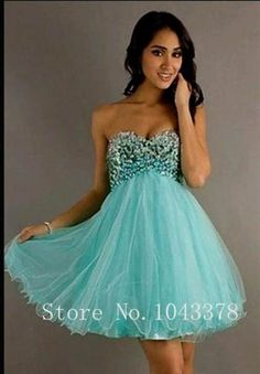 Awesome green semi formal dresses 2018/2019 Check more at http://myclothestrend.com/dresses-review/green-semi-formal-dresses-20182019/