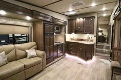 2016 New Dutchmen DENALI LITE 2901RL Fifth Wheel in Ohio OH.Recreational Vehicle, rv, 2016 Dutchmen DENALI LITE2901RL, 15.0 BTU A/C IPO 13.5 BTU A/C, 15in Spare Tire Kit, 50 Amp Service Wire, All Weather Thermal Package, Aluminum Wheels 15in, Black tank flush, Decor- Sienna Ridge, Denali Lite Value Package, Elec Front & Rear Stabilizer Jacks, Exterior Ladder, Free Standing Dinette & Chairs, Nitrofill-Nitrogen Filled Tires, Outside Speakers, Painted Gel Coat Front Cap w/LED Lighting, RVIA…