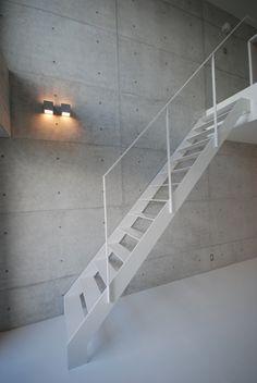 escalera interior, design by Matsunami Mitsumoto
