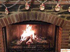 Crea tus guirnaldas navideñas siguiendo este tutorial: http://www.tiendamerceria.blogspot.com.es/2015/11/como-crear-una-guirnalda-navidena.html #handmade #christmas #deco #diy