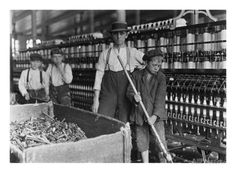 Technological Changes and the Industrial Revolution Lesson Plan - Year 9 Depth Study - Australian Curriculum Lessons Old Photos, Vintage Photos, Vintage Photographs, Wisconsin, Fondation Cartier, Grandes Photos, Fotografia Social, Technological Change, Cotton Mill