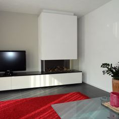Driezijdige gashaard met zwevende tv meubel Fireplace Tv Wall, Living Room Color Schemes, Tv Storage, Open Plan Living, Room Colors, Foyer, Garden Ideas, House, Decoration