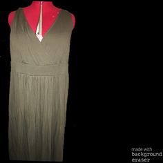 Long v-neck dress Hunter green floor length dress. Fit 2/3x Dresses Maxi
