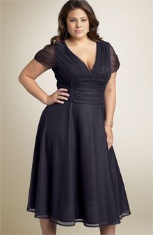 Dresses for Full Figured Women | ... women. There are myriad other cocktail dress styles for a full-figured