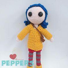 Hecha en algodón, con botones de ojitos y piernas articuladas . Diseño de Tejidos Peppers Tweety, Instagram, Fictional Characters, Amigurumi, Shells, Buttons, Legs, Tejidos