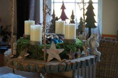 None Christmas Advent Wreath, Christmas And New Year, Winter Christmas, Christmas Decorations, Table Decorations, Christmas Inspiration, Wood Pallets, Pillar Candles, Candle Sconces