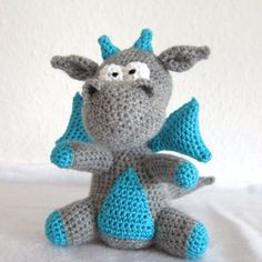Learn to crochet this amigurumi Dragon. Free pattern.