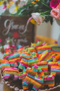 mini piñata wedding favors