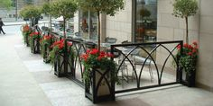 Custom Planters and decorative Patio Enclosures - Aqua Restaurant at BCE Place, Toronto Ontario