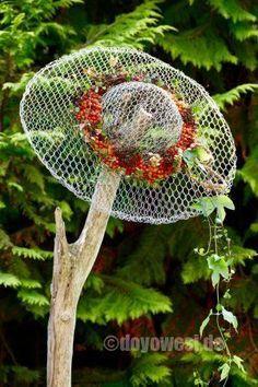 Drahtiger Hut - Objekt aus Hasendraht - Karin Urban - NaturalSTyle