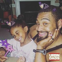 Turn up Tuesday with Kyra & @savage_edge_fitness.... Thank you cousin Skyler  #blackdads #blackfathers #prettyprettyprincess #dressup #thankyoucousin #family #christmas #presents #disneyprincess #dressupfun #myhusbandiscrazy #ilovehimtho #thatwinktho #savagefamily #savages #princesses #blackprincess #blackgirlsrock #melanin #blackgirlsandtheirfathers #playtime #ctfu #cryinglaughing #turnuptuesdays #turnup #princessturnup @eatlikeasavage #urbndads #blackdads