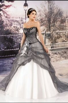 2015 Cheap Wedding dress Miss Paris MP 2015 Online [ ☻ ☻ ☻ Inexpensive Wedding Dresses, Elegant Wedding Gowns, Wedding Dresses For Sale, Cheap Wedding Dress, Wedding Dress Organza, Bridal Gowns, Gown Wedding, Tomy Mariage, Black White Wedding Dress