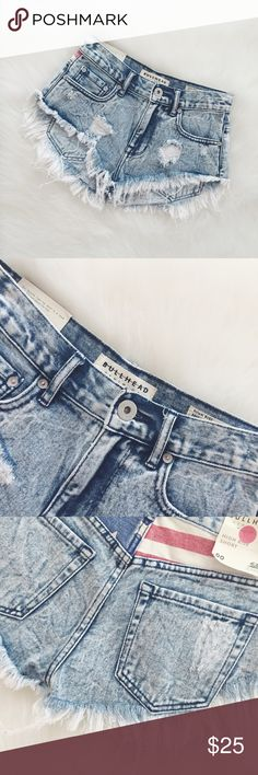 💋Bullhead Distressed High Rise Denim Short The shorts are simply gorgeous, distressed high rise denim shorts, size 00, fits just above the hips, front and back pockets, 100% cotton. Will provide measurements upon request. NWT    🎉I. A M. A. S U G G E S T E D. U S E R🎉       📫Shipping the day of or next day📫                    C L O S E T. R U L E S                   •no trading + FINAL PRICE                   •smoke free home Bullhead Shorts Jean Shorts