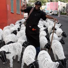 www.south-design.nl - life size Karoo sheep incredible wire & bead art of Streetwire - handmade - fair trade - empowerment