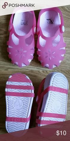 Great Used Condition Crocs Pink size C9 Great Used Condition Crocs Pink size C9 (Consider bundling to get more value out of the cost of Shipping and feel free to make offers on bundles) Thank you for visiting my closet!! SMOKE FREE CLEAN HOME CROCS Shoes Sandals & Flip Flops