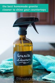 Exceptional cleaning hacks tips are offered on our site. Take a look and you wont be sorry you did. Granite Countertop Cleaner, Homemade Granite Cleaner, Cleaners Homemade, Granite Counters, Diy Cleaners, Best Granite Cleaner, Window Cleaning Tips, House Cleaning Tips, Cleaning Hacks