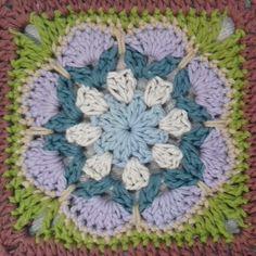 Granny square for my new Poncho #cottonsoft #grannysquare #crochet #yarn #yarnlover #crochetlover #shannycafecrochet