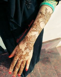 Henna Flower Designs, Modern Henna Designs, Henna Hand Designs, Latest Arabic Mehndi Designs, Mehndi Designs Book, Mehndi Designs For Beginners, Mehndi Design Pictures, Mehndi Designs For Girls, Mehndi Designs For Fingers