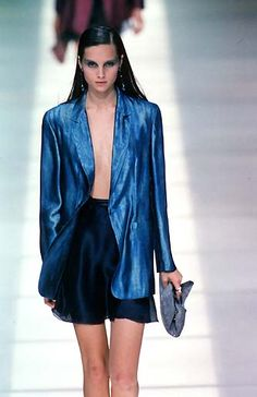 Emporio Armani - Ready-to-Wear - Runway Collection - WomenSpring / Summer 1998