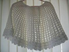 via Etsy. Crochet Poncho, Hand Crochet, Hand Knitting, Free Studio, Beautiful Crochet, Knits, Delicate, Outfits, Etsy