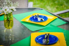 world cup table Soccer Birthday, Birthday Cup, Soccer Party, Birthday Parties, Holiday Festival, Holiday Fun, Brazil Party, I Party, Kiwi