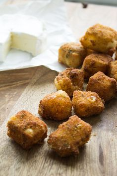 Fried Brie Bites - Crunchy, creamy and oh so cheesy. You can also make ahead and freeze them for last minute company or for a party. Freezable Appetizers, Frozen Appetizers, Make Ahead Appetizers, Appetizer Recipes, Camping Appetizers, Thanksgiving Appetizers, Holiday Appetizers, Brie Bites, Brie Cheese Recipes