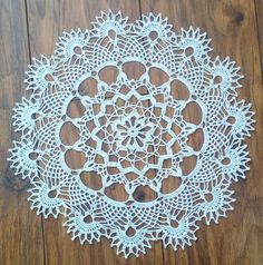 Crochet doily crochet project by Monique