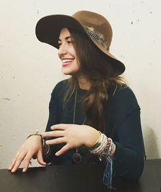 Lauren Daigle #laurendaigle Christian Music Artists, Christian Singers, Beautiful Gorgeous, Beautiful People, Lauren Diagle, Love Fashion, Autumn Fashion, Boho Look, New Wall