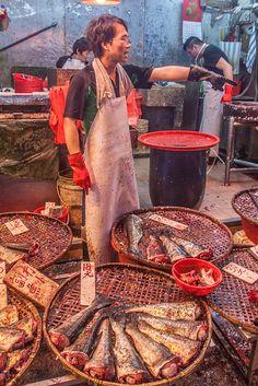 JohKl Fish market in Hong Kong ~