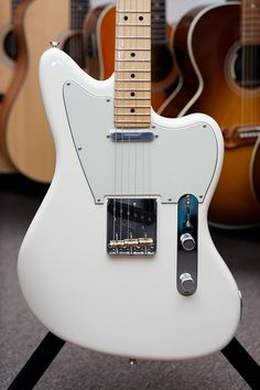 Fender Limited Edition American Standard Offset Telecaster with Maple Fingerboard - Olympic White Originally conceived in the Custom Shop, the Limited Edition American Standard Offset Telecaster is an