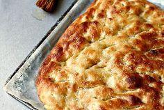 Focaccia veloce...una ricetta facile senza impasto - Ricetta...