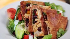 Chicken and Bean Quesadilla with Salad Quesadilla, Tacos, Beans, Cooking Recipes, Salad, Chicken, Ethnic Recipes, Food, Cooking