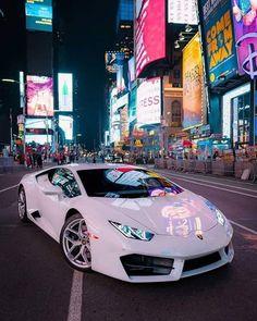 Luxury Sports Cars, Top Luxury Cars, Exotic Sports Cars, Cool Sports Cars, Sport Cars, Cool Cars, Exotic Cars, Lamborghini Huracan, White Lamborghini