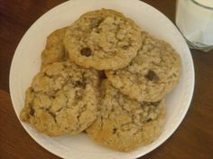 Make and share this Best Oatmeal Cookies recipe from Food.com.