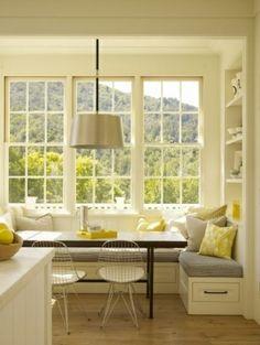 Gemütliche Küche im Landhausstil einrichten sitzbank lampenschirm